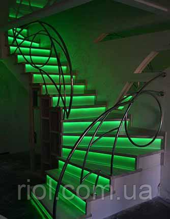 лестница наружная с подсветкой