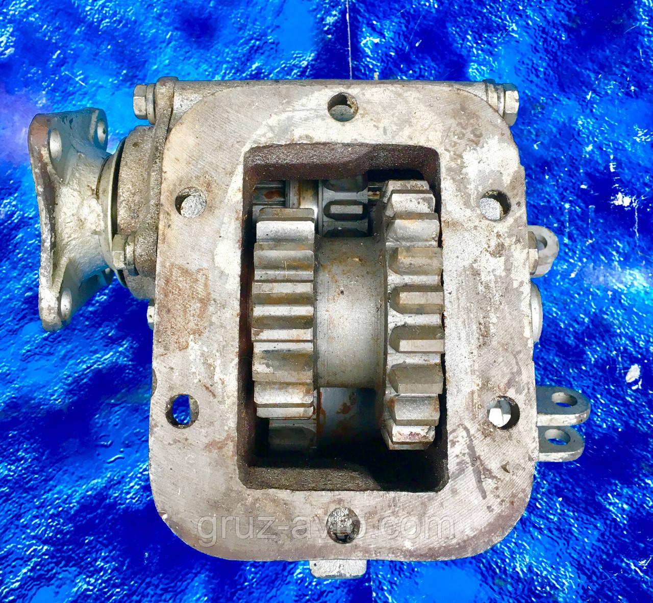 Коробка отбора мощности КОМ ЗИЛ-131 под кардан лебедка131-4206010-А Z-18 / Z-21