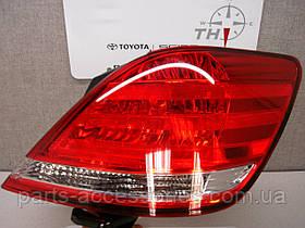Задний правый фонарь Toyota Avalon 2005-10 новый оригинальный