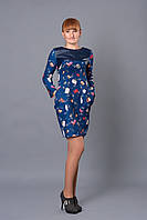 Женское платье в модный принт сумочки