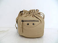 Женская сумочка - мешок  через плече Эко-кожа. Бежевая, фото 1