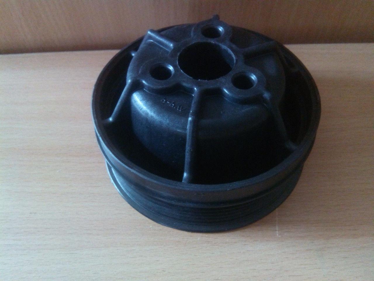 Шкив вод.насоса 406 (пластмасс.)