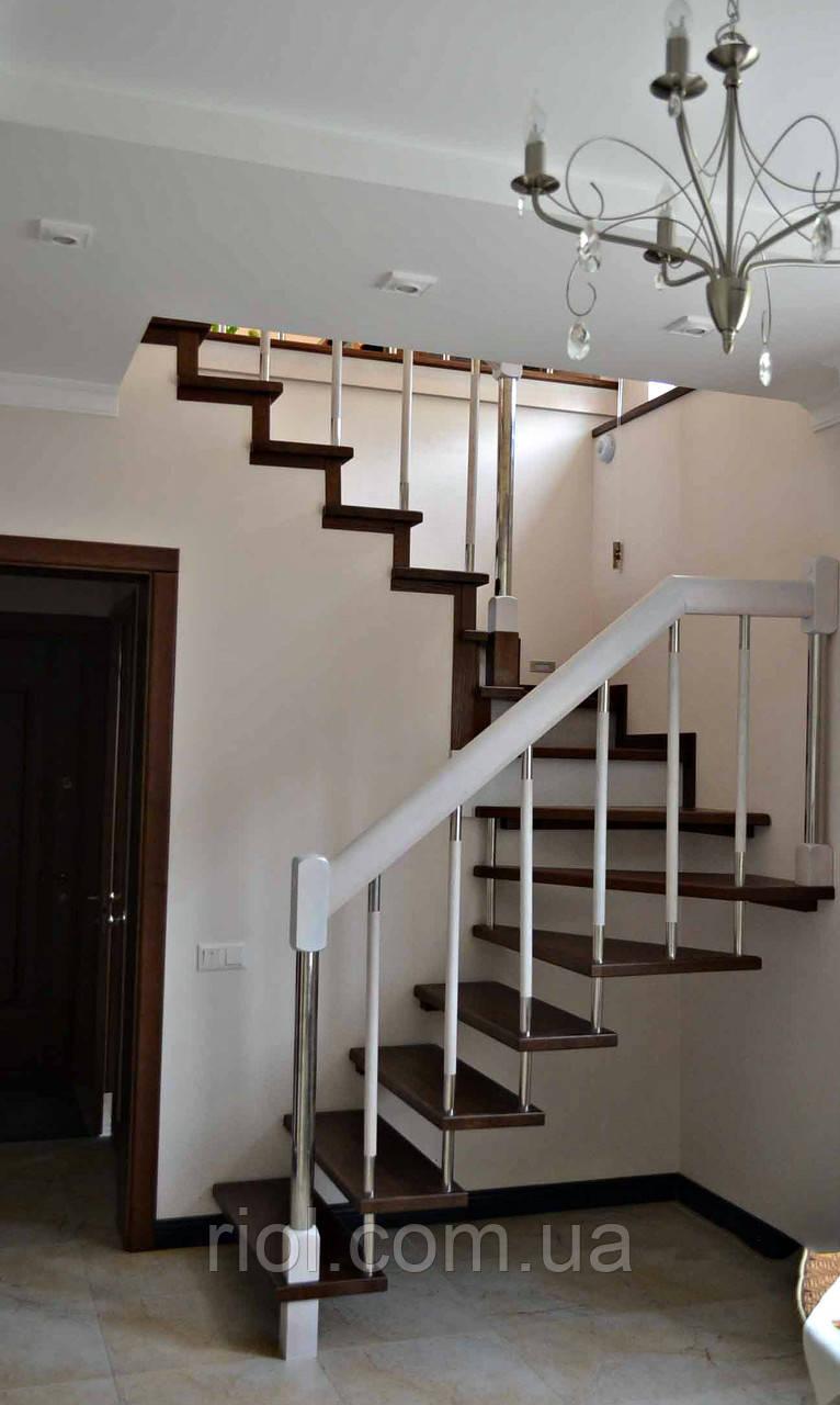 Лестница деревянная подвесная