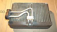 Испаритель кондиционера Ауди А8 радиатор, 1998 г.в. 4D0820103