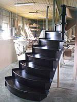 Шикарная лестница из дуба лестница черная из массива изысканные лестницы под заказ Харьков Киев В