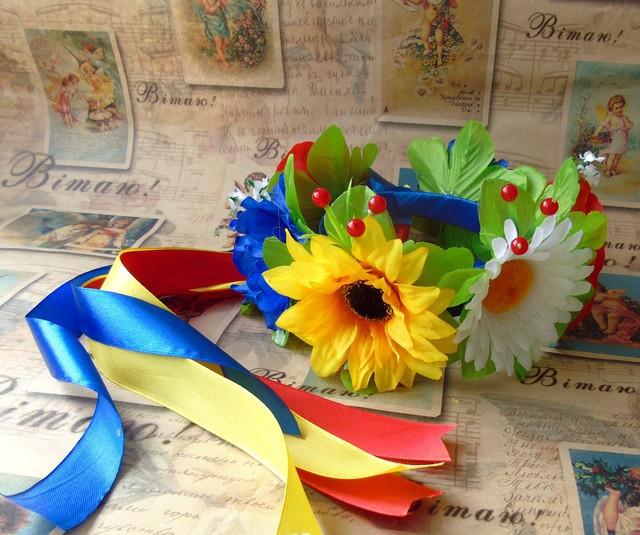 Український вінок польові квіти