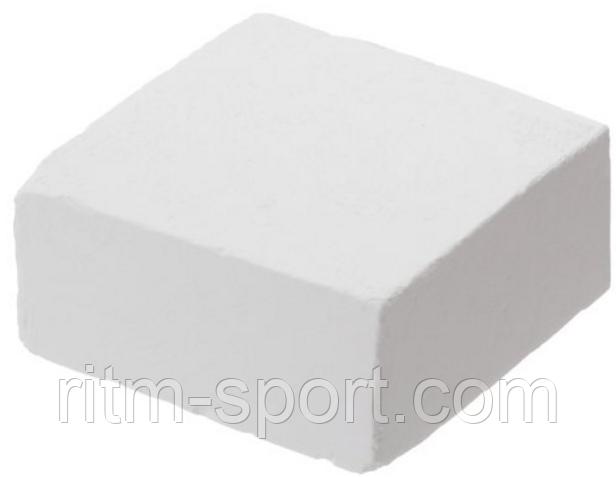 Спортивная магнезия в брикетах, цвет белый.