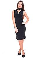 Вечернее платье черного цвета без рукава.