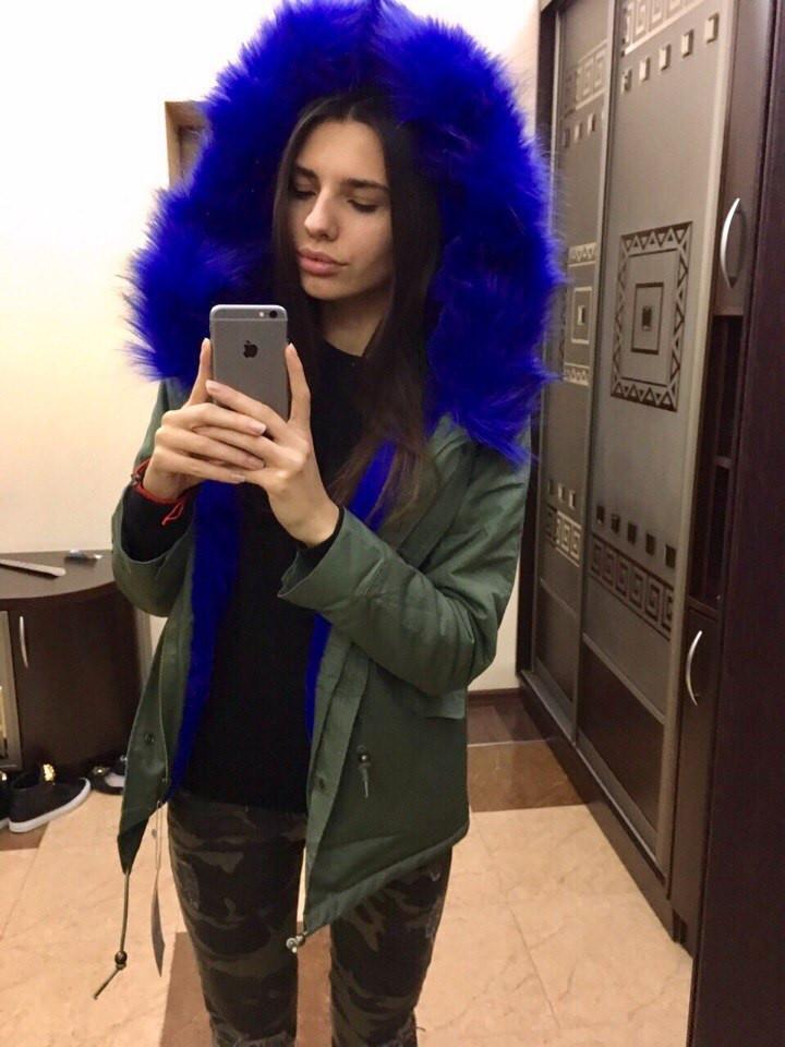 Парка зимняя с ярким мехом на капюшоне 245 (ГН) - Секрет  женская одежда оптом в Одессе