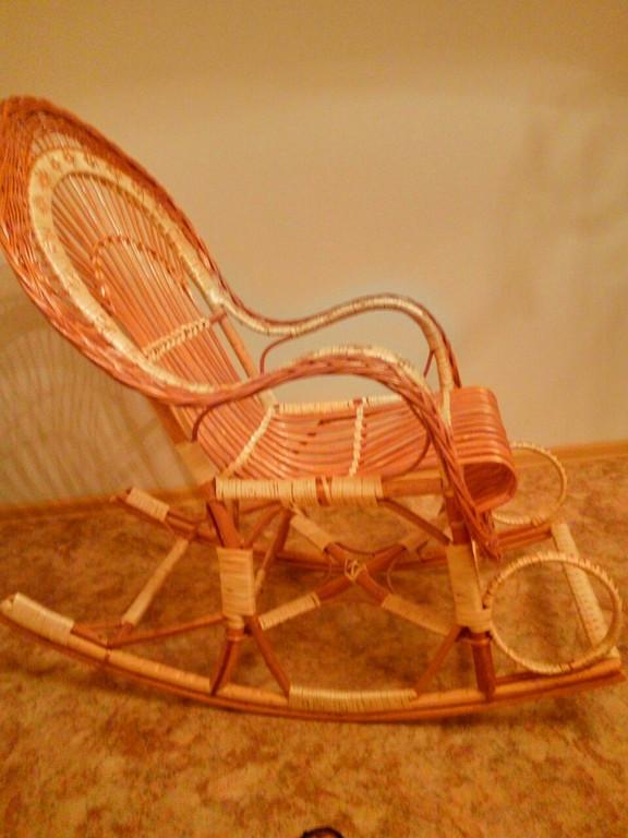 В Харькове кресло-качалка создала комфорт в осеннюю пору ..
