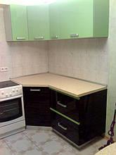 Кухня с комбинироваными фасадами