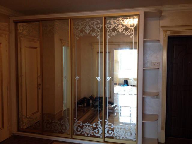 Зеркальный шкаф в классическом стиле 11