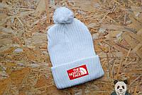 Яркая молодежная белая шапка с бубоном The North Face Beanie
