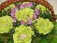 """Букет из конфет""""Корзина салатовых роз в переплете""""№7"""