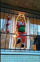 Хит! Уличная Светящаяся фигурка Санта Клауса 120 см на лестнице лезет в окно