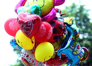 Воздушные фольгированные шарики с любимыми героями мультфильмов