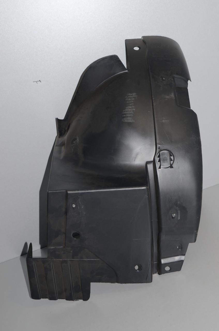 Подкрылки передние на Renault Trafic 2001->  (задняя часть, правый, R) — Opel (Оригинал) - 91166273