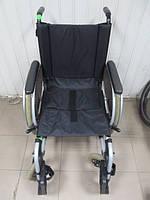 Инвалидная коляска складная Otto Bock б/у ширина сиденья  45 см
