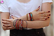 История украшений: браслеты на руку