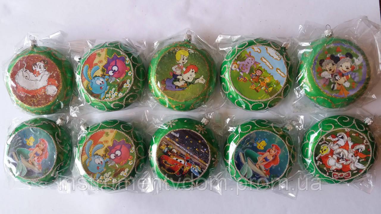 """Елочная игрушка """"Медаль зеленая с героями мультфильмов"""" (диаметр 10 см)"""