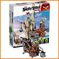Конструктор Lepin Angry Birds 19005 Пиратский корабль Свинок 650 деталей