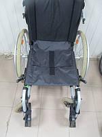 Качественная добротная инвалидная коляска Otto Bock 45 см для людей с проблемами в передвижении