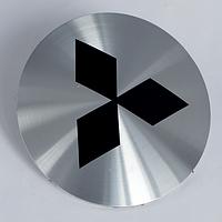 Наклейки на литые диски Mitsubishi  56 мм выгнутые