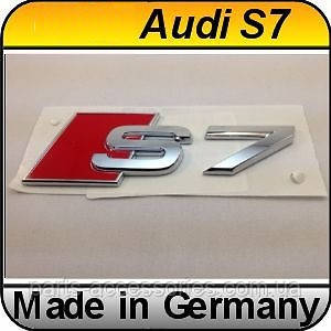 Емблема значок на багажник Audi A7 S7 2011-2017 новий оригінал