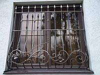 Производство кованых и сварных решеток для окон, дверей или на балкон в Херсоне на заказ