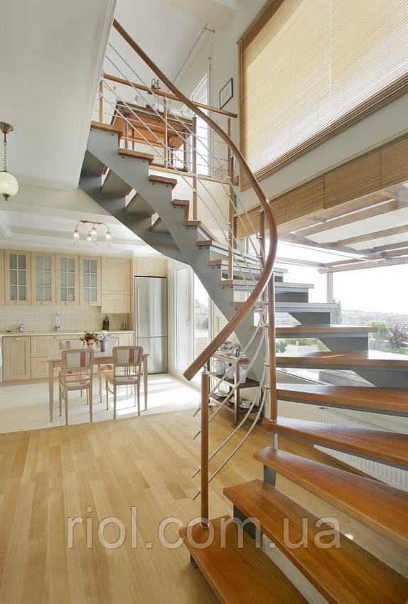 Деревянная лестница (дуб,ясень,ольха)