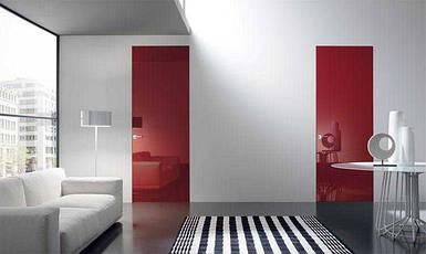 Скрытые межкомнатные двери с крашеным стеклом