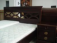 Кровать двуспальная из массива ясеня с резным изголовьем Тёмный орех