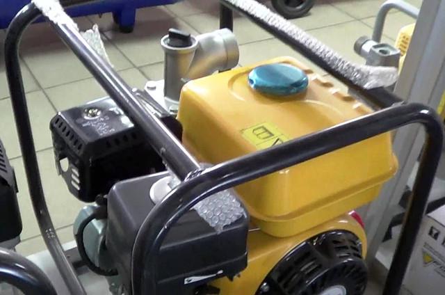 Бензиновая мотопомпа Forte FP 20C фото 2