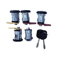 Личинки замков с ключами комплект Форд Транзит 2.5 дизель / 2.0 бензин 1986-1991, 86VB3688DC / 6177189