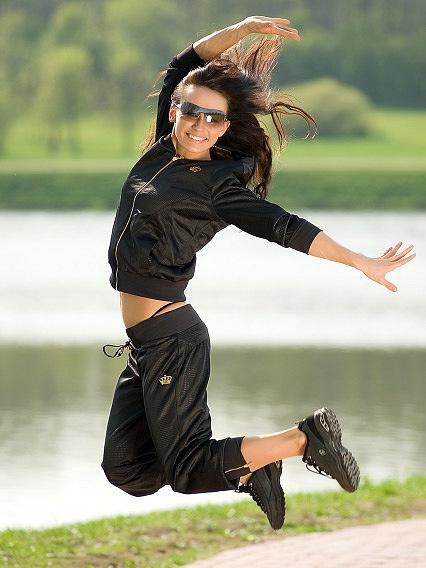 e5e4101d2fcb Купить Женская одежда в розницу оптом по низким ценам в интернет-магазине  спортивной одежды Boulevard Odessa на 7км.