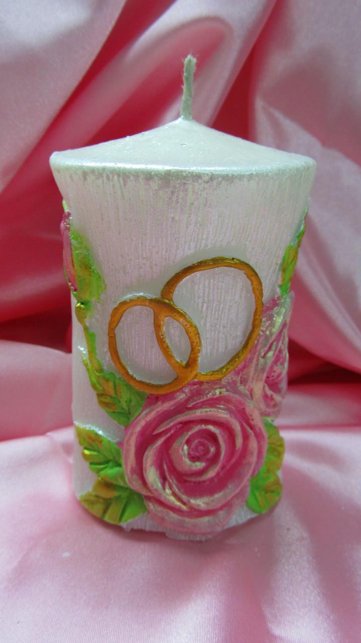 """Свеча """"Цилиндр розы с кольцами"""". Цвет: Цветная. Высота:10см. Вес: 200гр."""