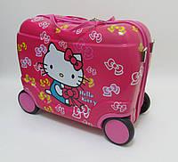Детский чемодан на 4 колесах Hello Kitty 520288