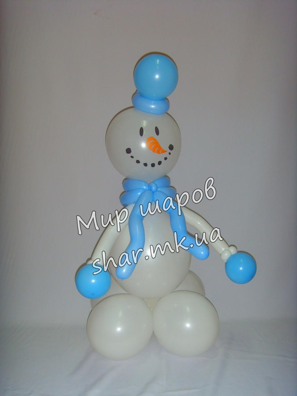 Снеговичек из воздушных шаров