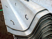 Секции балки СБ-1,СБ-2, СБ-3 Дорожное барьерное ограждение 11ДО  оцинкованное и без покрытие, грунтованное..