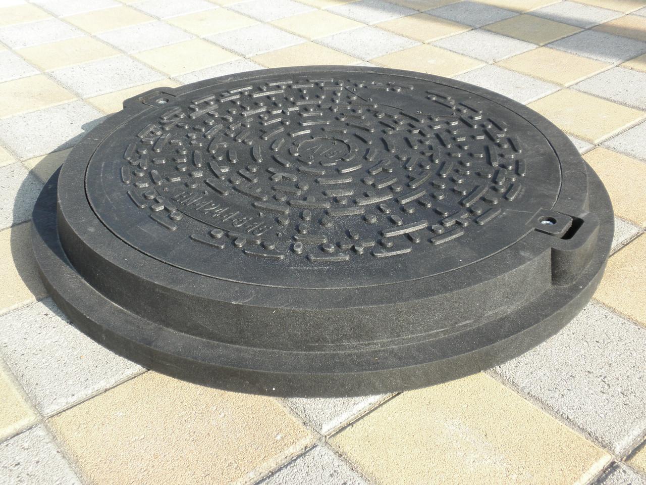 Люк канализационный полимерпесчаный серии Евро черный с замком (до 3т)