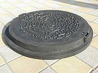 Люк канализационный полимерпесчаный серии Евро черный с замком (до 3т), фото 1