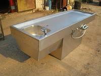 Стол секционный для вскрытия с ванной штампованной на тумбе ССВШТ