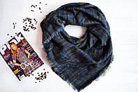 Синий полосатый женский платок