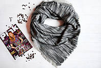 Серый полосатый женский платок