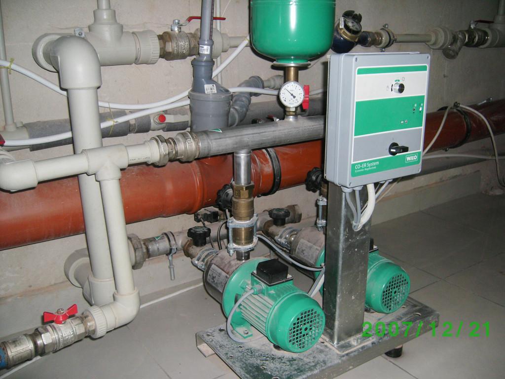Насосная  станции повышения давления Willo для многоквартирного дома. Пусконаладочные работы.