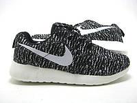 Беговые кроссовки Nike Roshe 2 Yeeze черно-белые мужские
