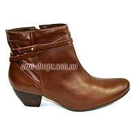 Кожаные рыжие женские демисезонные ботинки-козаки на невысоком каблуке. В наличии 36-41 размеры