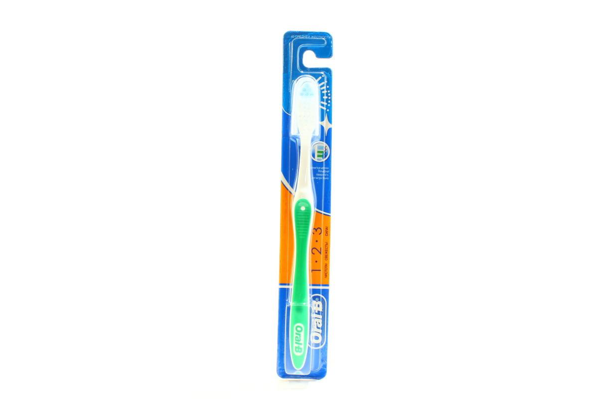 Зубна Щітка Орал Бі Clean Fresh Strong 40 Середня 1шт (3014260808105) -  GOODZONE в ff3c6faa36408