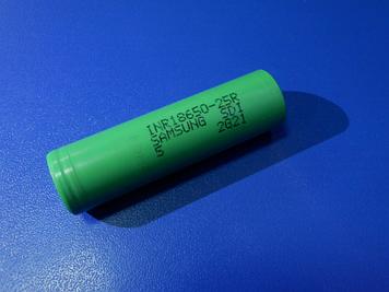 Высокотоковый акумулятор 18650 Samsung INR18650-25R 3,6 V 2500mAh Li-Mn 20A!