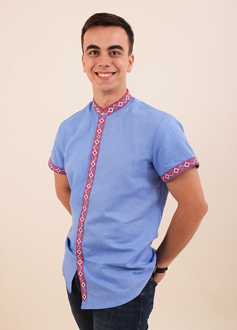 b3791530a11eba0 Нарядная льняная сорочка вышиванка в голубом цвете с геометрическим  орнаментом - Оптово-розничный магазин одежды
